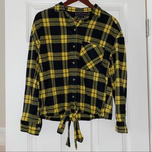 Poly & Esther Tie Front Plaid Long Sleeve Medium
